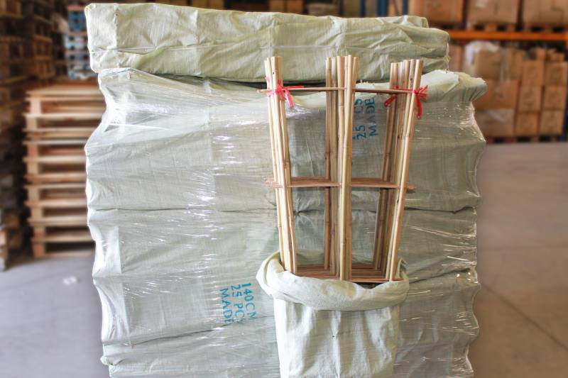 Commande en gros bambou et produits naturels pour - Tuteur bambou gros diametre ...